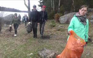 """""""Вода России"""": в Выборгском районе волонтеры очистили от мусора 9 водных объектов"""