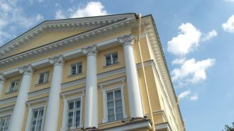 Губернатор Петербурга за два дня подписал 13 постановлений правительства