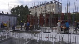 В Курортном районе проверили ход строительства санатория и общежития