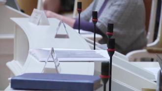 Депутаты ЗакСа предложили в период пандемии платить безработным по месту обращения