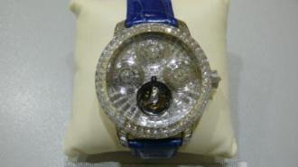 В Домодедово изъяли часы с бриллиантами за 54 миллиона