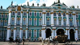 Зимний дворец попал в топ-3 самых популярных дворцов мира