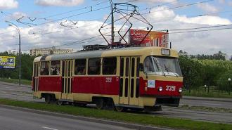 Горящий трамвай на Авиаконструкторов