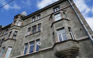 Администрация Выборгского района потребовала от УК следить за состоянием жилых домов