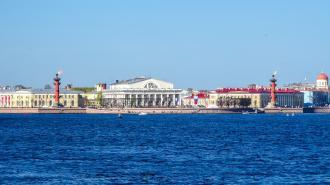 Здание Биржи Петербурга находится в критическом состоянии