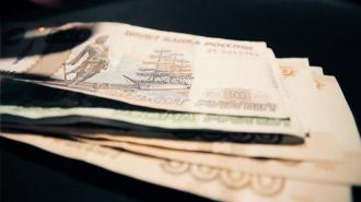 Bloomberg: власти России задумались о повышении налогов