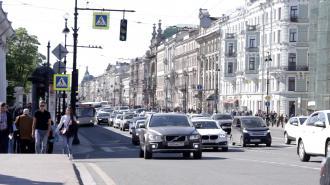 Из-за репетиции Парада Победы центр Петербурга стоял в пробках