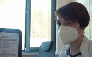 Почти 23% коечного фонда под COVID-19 свободно в Петербурге