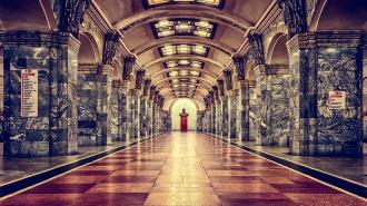 Стало известно, какие вещи петербуржцы теряют в метро чаще всего