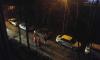 На Народной улице пожарные утром разбирались с выходящим из автомобиля белым газом
