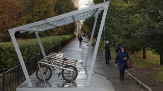 В Московском районе у шести станций метро появились велопарковки