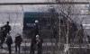 ОМОН ищет бомбу в магазине на Полюстровском после звонка анонима