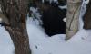 В Новом Девяткино местные жители беспокоятся о незакрытых люках и канализационных запахах