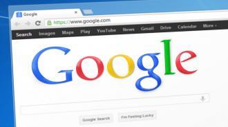 """Роскомнадзор потребовал от Google снять ограничения с """"Улицы героев"""""""