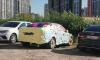 В Приморском районе неизвестный обклеил весь автомобиль стикерами