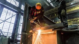 """На """"Балтийском заводе"""" при строительстве ледокола погиб рабочий, еще один попал в больницу"""