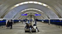 """Сегодня на станции метро """"Удельная"""" два раза искали бомбу"""