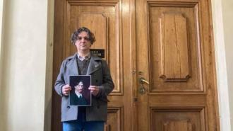 Педагог передумал увольняться из Академии художеств из-за выставки Евгении Васильевой