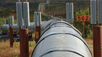 """115 сотрудников """"Балтнефтепровода"""" были эвакуированы из-за угрозы пожара"""