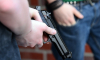 На Заозерной улице шестеро грабителей отнимали телефон у одинокой женщины