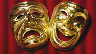 Петербург просят сократить количество мата на театральных подмостках