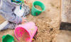 Отравившегося наркотиками подростка нашли на детской площадке в Девяткино