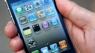 Айфон - шпион? На компанию Apple подали в суд