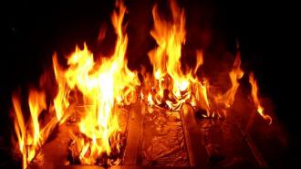 При пожаре в коммуналке на Садовой погибла одинокая старушка