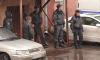 На улице Ижорского Батальона рецидивист напал на полицию с пистолетом и палкой