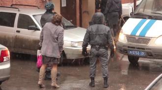 В Архангельске во дворе жилого дома взорвался автомобиль