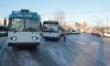 Университетскую набережную закроют для троллейбусов на выходные и понедельник