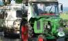 Пенсионер из Германии отправился в Петербург на тракторе