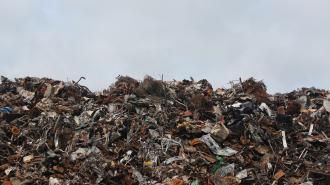 Госэконадзор проверил работу мусоровозов во Всеволожском районе