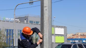 В Петербурге защитят опоры наружного освещения от незаконной рекламы