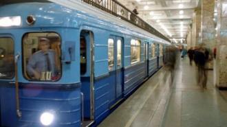 Машинисты петербургского метро почтят память коллеги гудками