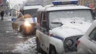 ВКировском районе охранник нашелв заброшенных постройках пакет с наркотиками