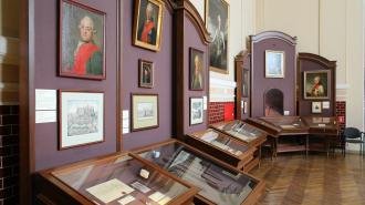В музее Суворова открылась выставка, посвященная Преображенскому полку