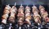 В преддверии майских праздников Роспотребнадзор дал советы по выбору мяса для шашлыка