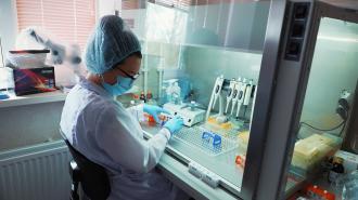 В комздраве надеялись, что вакцинация в Петербурге будет проходить в 2 раза активнее