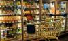 Соцсети: Петербурженка с ножом пыталась украсть продукты в магазине