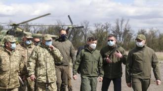 Зеленский заявил о необходимости перемирия после посещения Донбасса