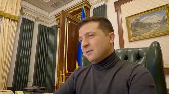 Зеленский предложил Путину встретиться на Донбассе