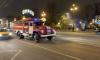 На Невском появилась новогодняя пожарная машина