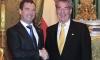 Медведев призывает отказаться от применения военных действий в Ливии
