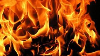 На Богатырском проспекте из-за пожара эвакуировали 35 человек