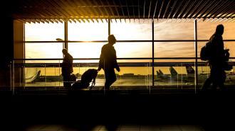 После отмены рейсов из Турции не могут вылететь петербуржцы