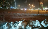 Фотофакт: в Красноярске дорожники засыпали убранным снегом проезжую часть дорог