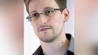 Сноуден подаст документы дляполучения российского гражданства