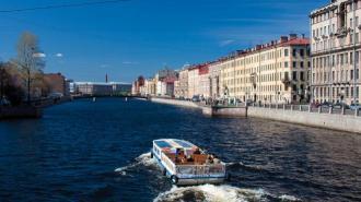 В этом году по рекам и каналам Петербурга запустят более 100 прогулочных маршрутов