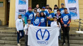 Сотрудник метрополитена Петербурга пробежал 65 км в честь юбилея городской подземки